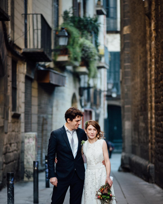 BARCELONA-COUPLE Robert + Alyssa   Barcelona Elopement Photographer