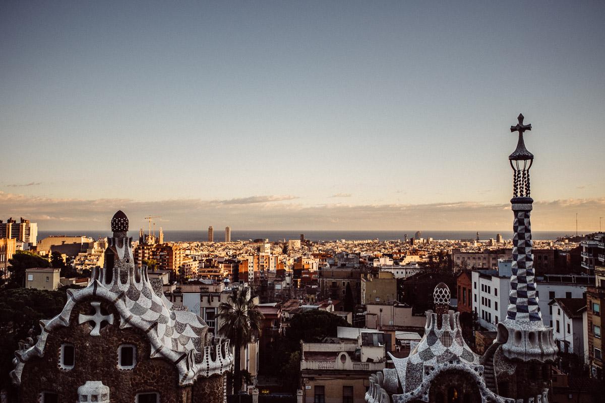 BARCELONA-PARK-GUELL Robert + Alyssa   Barcelona Elopement Photographer
