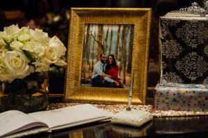 engagement-photos-wedding-centerpiece-300x200 engagement-photos-wedding-centerpiece