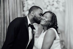 groom-kissing-mom-300x200 groom-kissing-mom