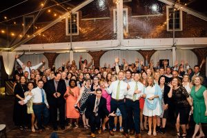 epic-wedding-selfie-guests-300x200 epic-wedding-selfie-guests