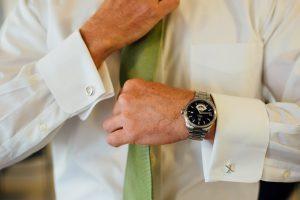 straightening-tie-300x200 straightening-tie