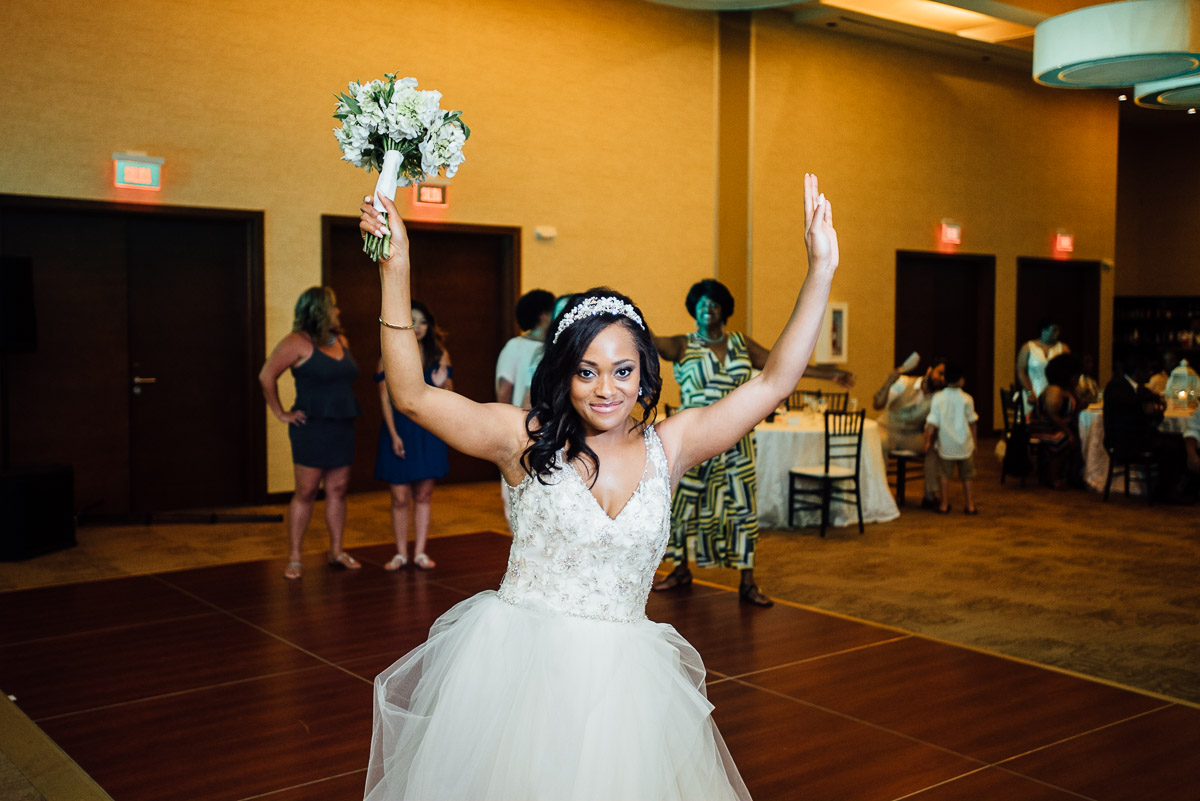 bride-throwing-bouquet Costa Rica Destination Wedding