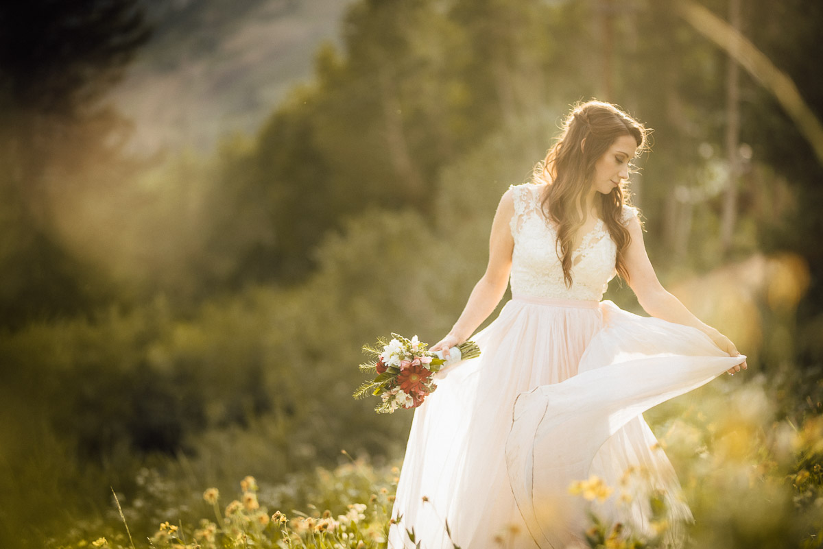 bride-dress Salt Lake City | Mountain Wedding Inspiration
