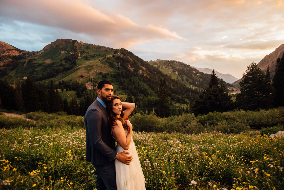 bride-groom-sunset Salt Lake City | Mountain Wedding Inspiration