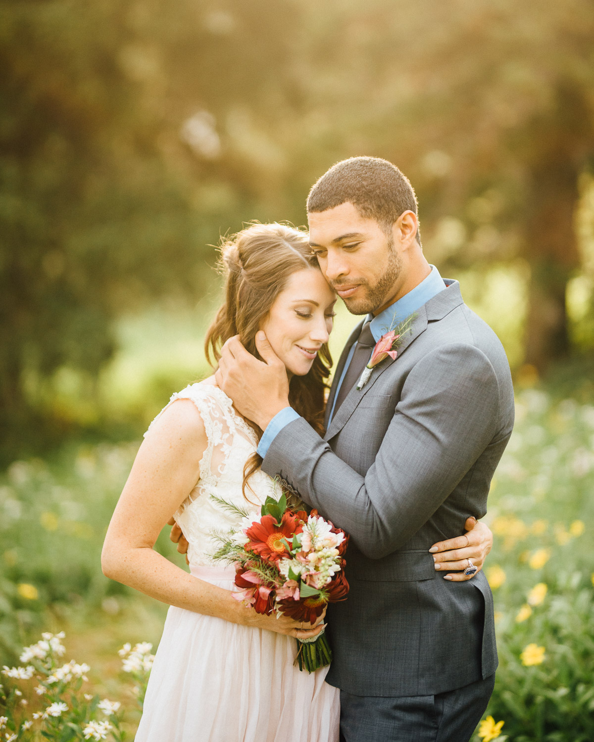 epic-wedding-golden-hour Salt Lake City | Mountain Wedding Inspiration