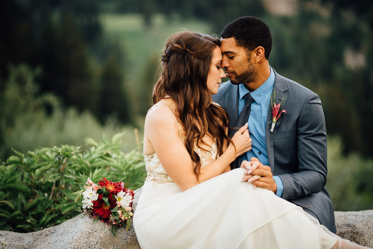 tie-grab Salt Lake City | Mountain Wedding Inspiration