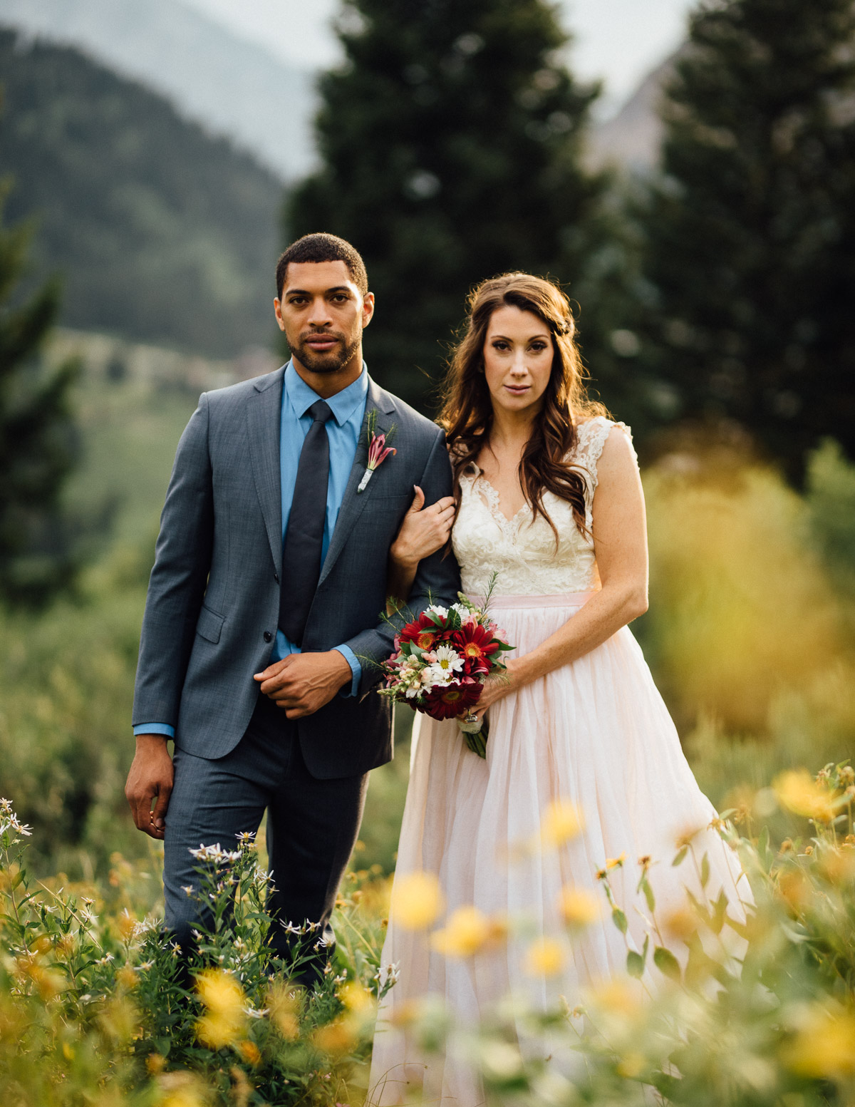 utah-bride-groom Salt Lake City | Mountain Wedding Inspiration