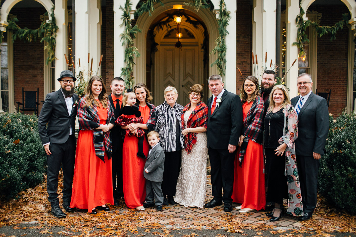 christmas-wedding-15-1 Cozy Christmas Wedding | Oaklands Mansion - Murfreesboro, TN