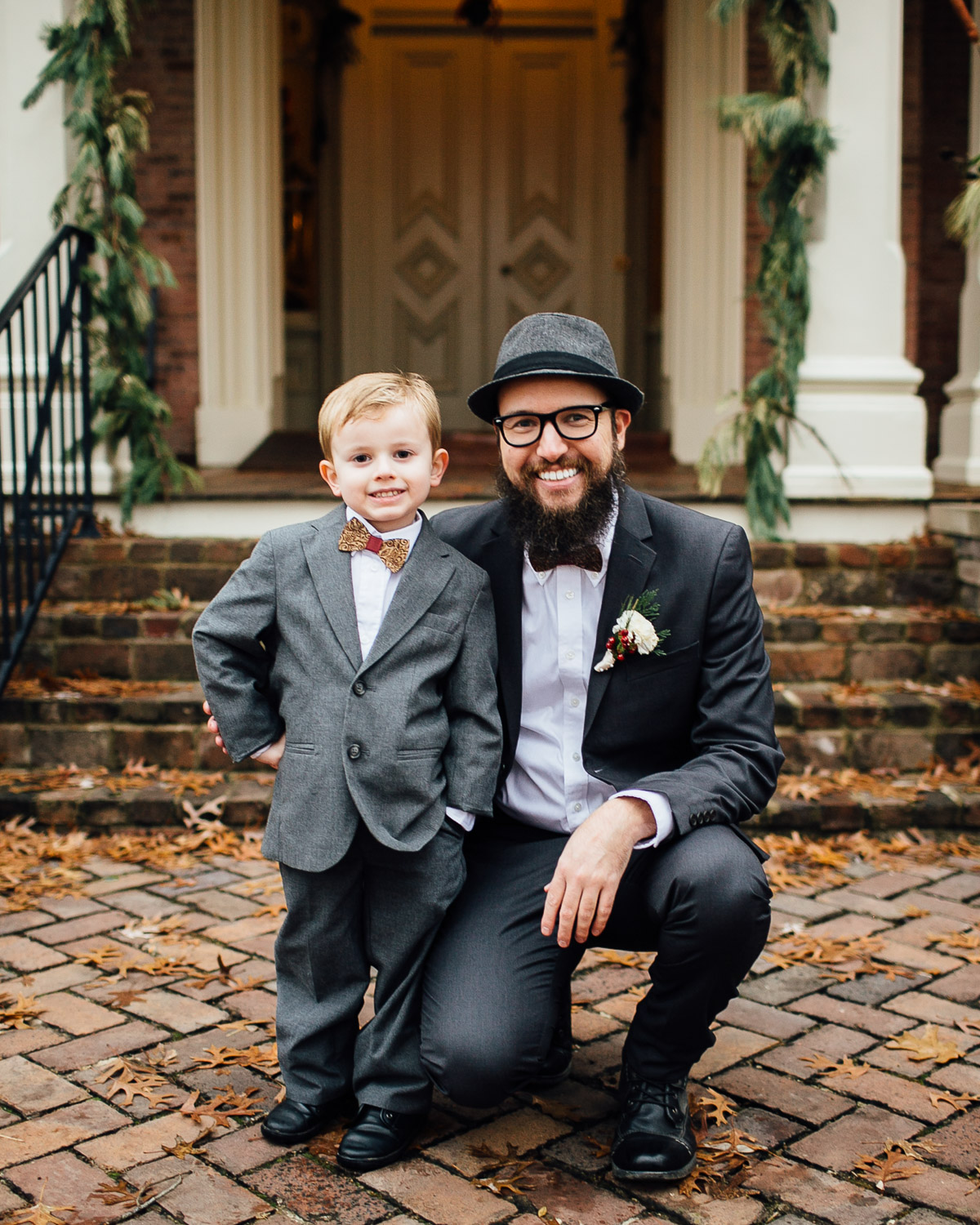 christmas-wedding-17-1 Cozy Christmas Wedding | Oaklands Mansion - Murfreesboro, TN