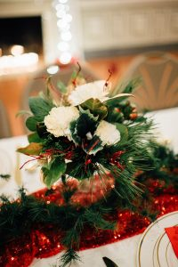 christmas-wedding-centerpieces-1-1-200x300 christmas-wedding-centerpieces-1