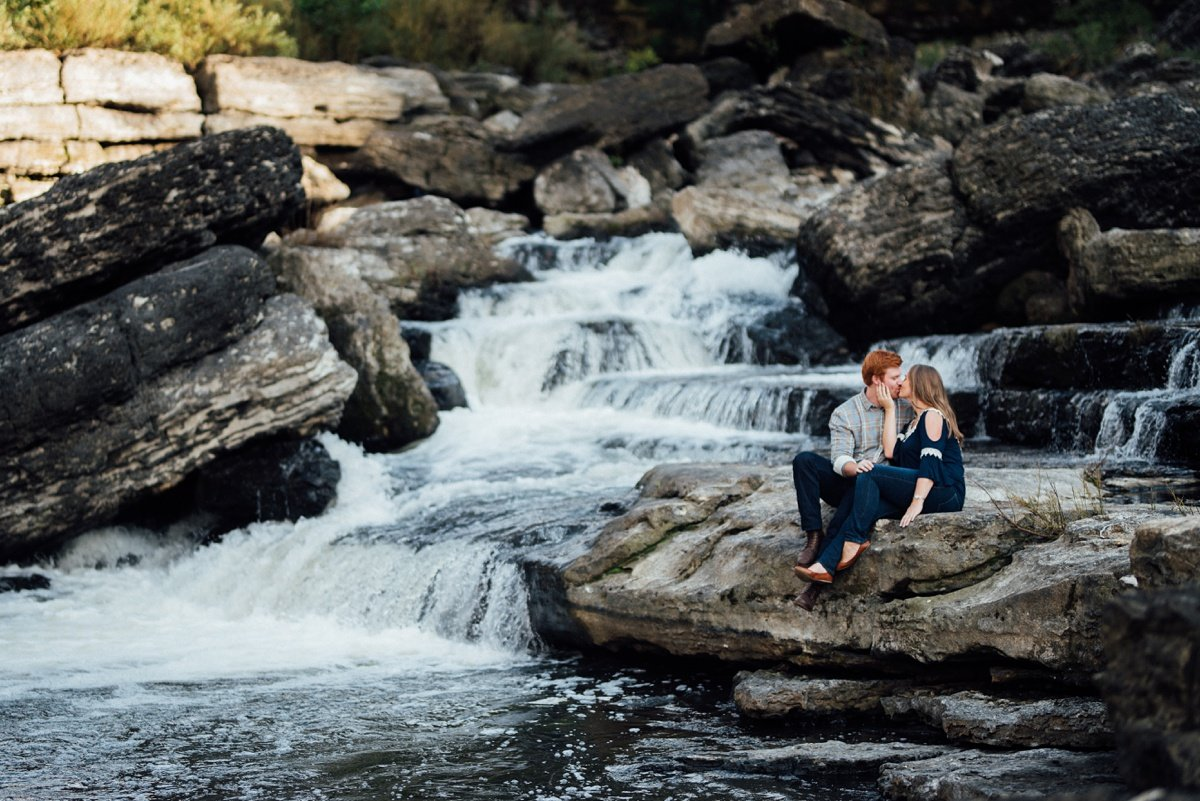 waterfall-kiss Rock Island Waterfall Engagement Session