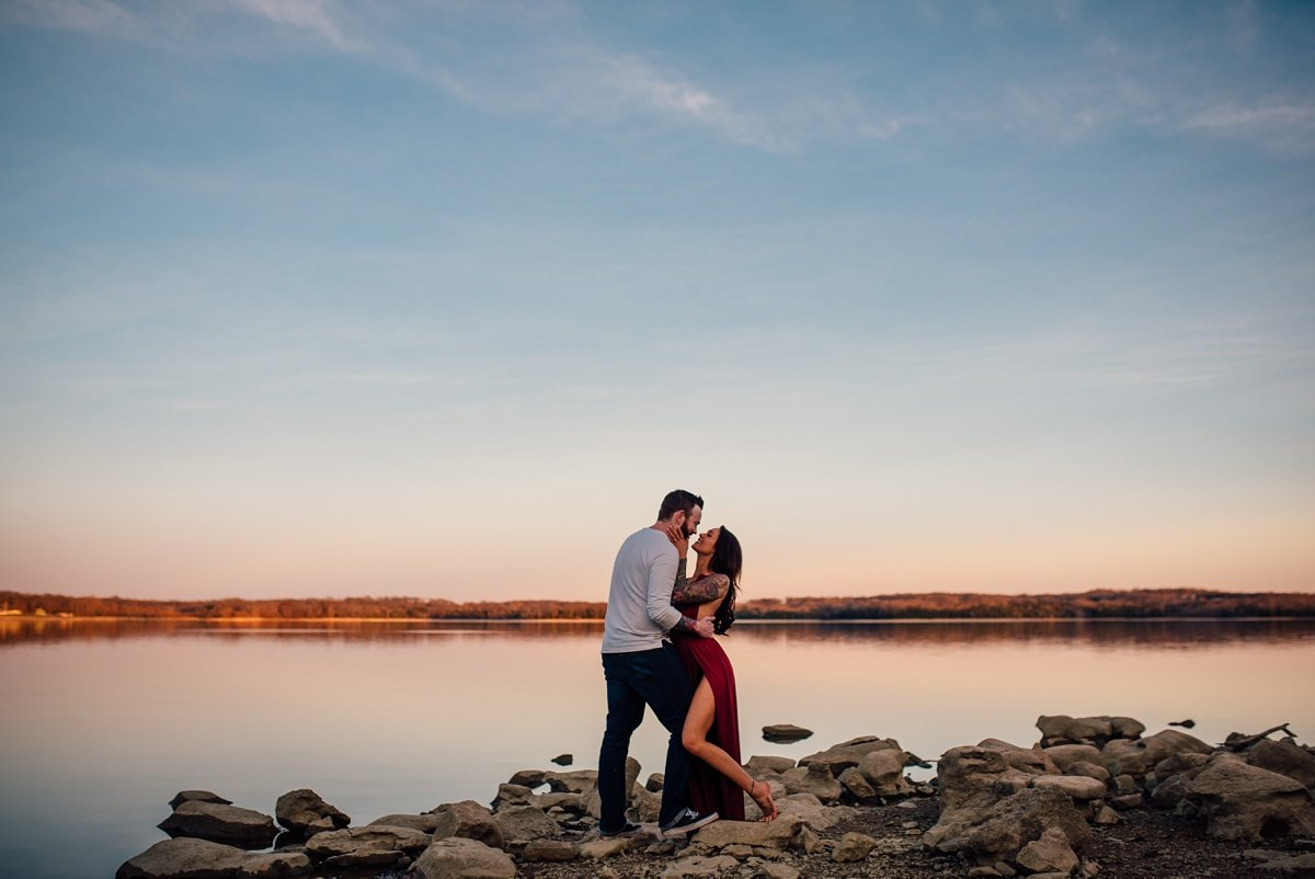 epic-sunset-lake-photo-couple Nashville Couple Photography