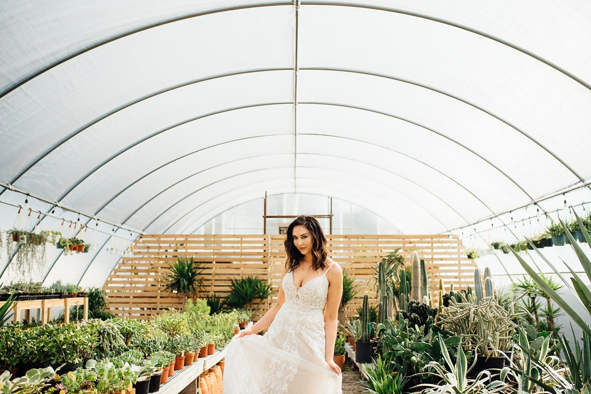 bridal-portraits-in-greenhouse Greenhouse and Percy Warner Bridal Session