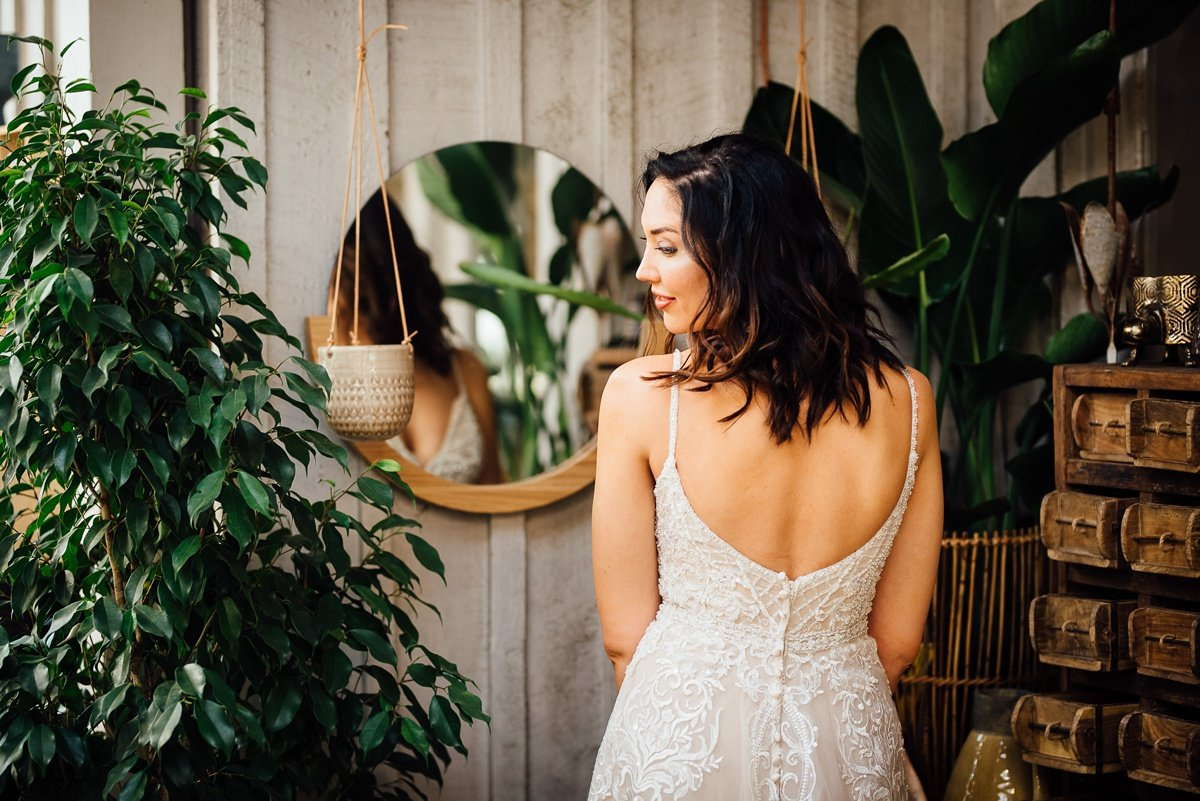 bride-over-shoulder Greenhouse and Percy Warner Bridal Session