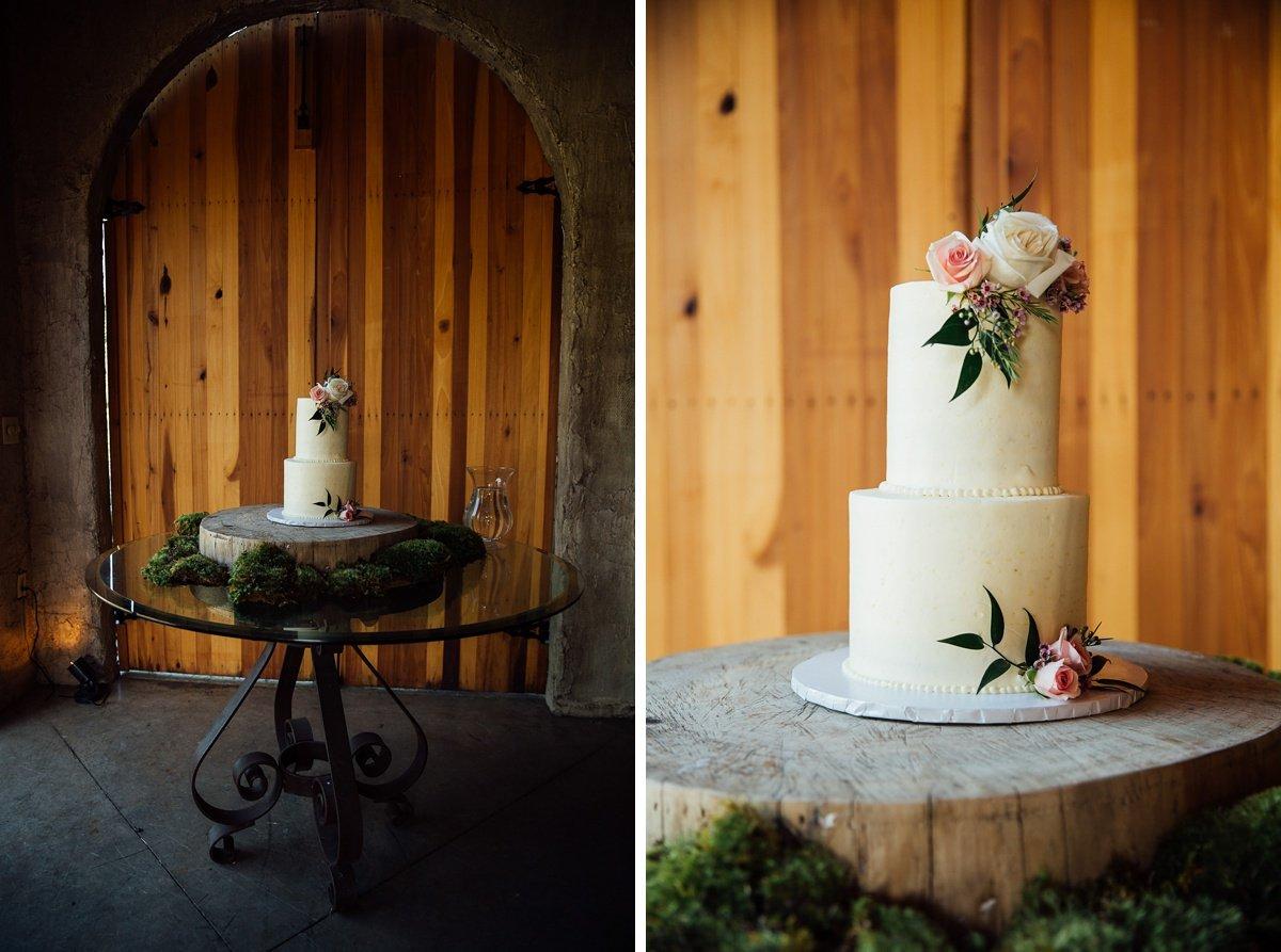 wedding-cake-detail-1 Cason's Cove Alvaton, KY | Nicole + Austin