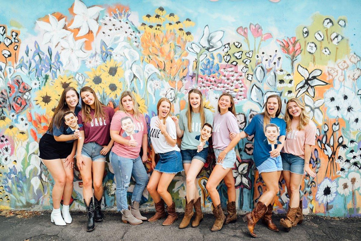 nashville-murals-bachelorette-photos Nashville Bachelorette Weekend Photoshoot